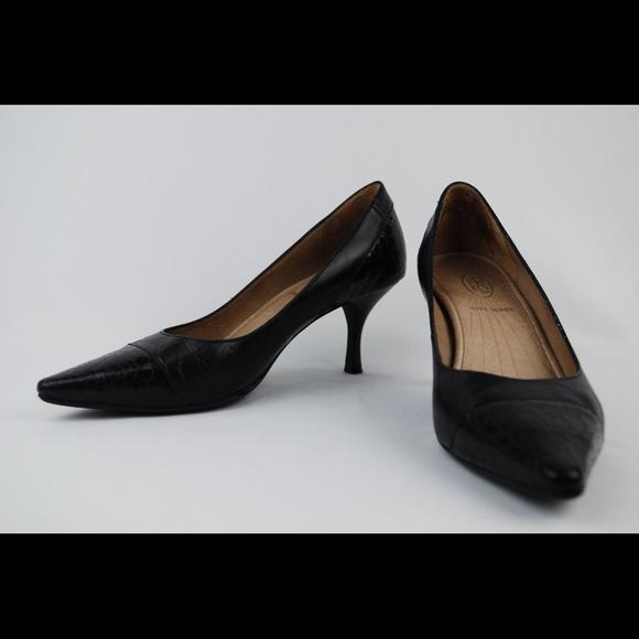 735281df945e0f Joan   David Shoes - Circa Joan   David Luxe Series BlackHeels ...